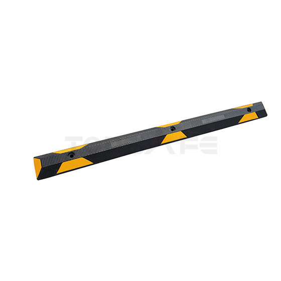 1650mm Rubber Parking Wheel Stops Black/Yellow