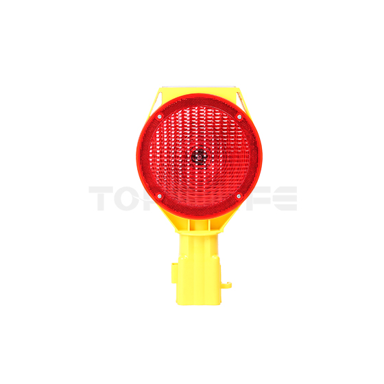 What aspects of road traffic signal light maintenance should be focused on